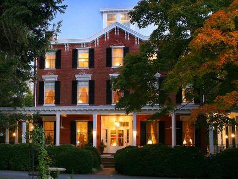 Brampton Inn, Chestertown, MD