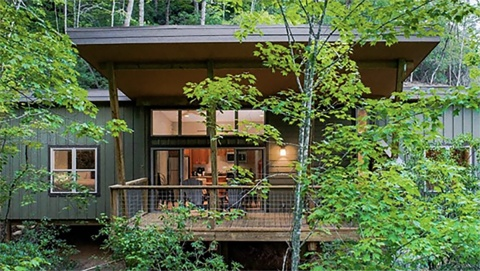 Pilot Cove Forest Lodging